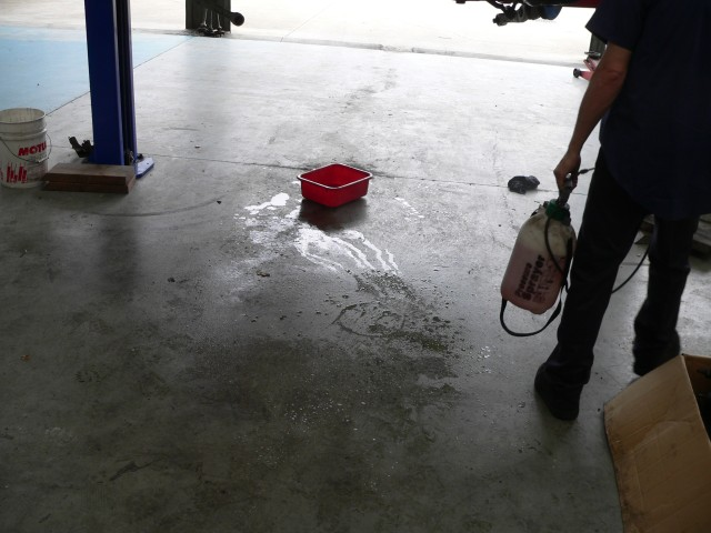 Quick cleanup of the floor before extraction.